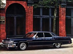 1975 Buick Electra 225 Limited We had one of these growing up. A white two dr with black leather. Electra 225, Buick Electra, Retro Cars, Vintage Cars, Automobile, Buick Cars, American Classic Cars, Car Advertising, Us Cars