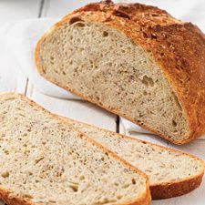 Simple rustic loaf - Using a sponge (starter) to create this bread increases its flavor and enhances its texture. Hearty Bread Recipe, Loaf Recipes, Cooking Recipes, Savoury Recipes, Healthy Recipes, Culinary Lavender, Edible Lavender, Rustic Bread, Fruit Bread