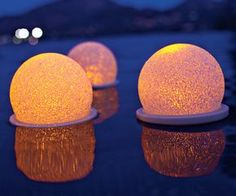 Color-changing Floating Light adds instant atmosphere to your pool or pond! #decor #lighting