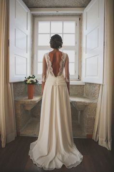 How to Choose the Right Bride Gown? Bridal Wedding Dresses, Dream Wedding Dresses, Wedding Bells, Wedding Bride, Wedding Looks, Bridal Looks, Bride Gowns, Wedding Styles, Reyes