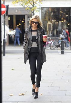 Kate Moss Photo - Kate Moss Out and About in London