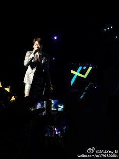 [직찍] RAIN(비) 140615 청두 모터 뮤직 페스티벌_멋진 공연하시는 이쁜 비느님 (출처:SALLYzsy_Bi weibo) @29rain pic.twitter.com/u6ccezYpEP