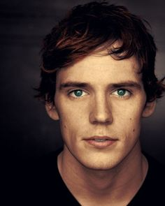 finnick hunger games | Finnick Odair The Hunger Games Wiki Pictures