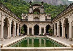 É impossível não se apaixonar pelas belezas naturais do Rio de Janeiro. A cidade é uma das 100 mais visitadas do mundo, segundo um estudo divulgado no come