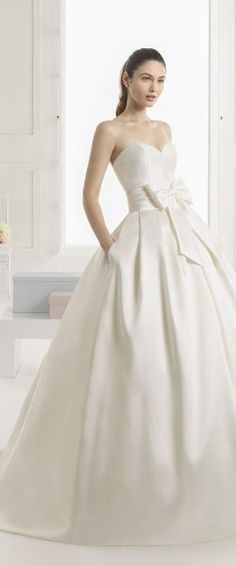 ... Hochzeitskleid edel elegant romantisch spanisch Rosa Clara RosaClara