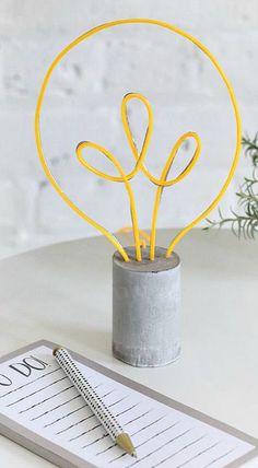 DIY Neon Lightbulb Lamp