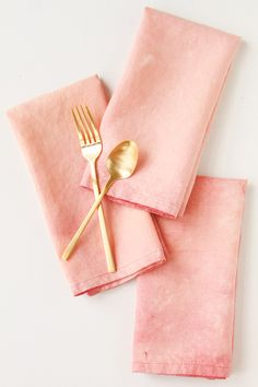 DIY Acid Wash Linens (subtle and beautiful, done with bleach)