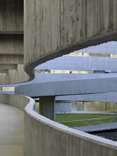 Facultad de Bellas Artes | Santa Cruz, Tenerife, Spain | GPY Arquitectos | photo © Roland Halbe