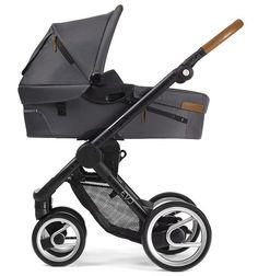 Der stilvolle Mutsy Kinderwagen Evo Urban Nomad inklusive Babywanne ist universell einsetzbar und sehr kompakt. In sechs verschiedenen Farben zum Top Preis lieferbar.