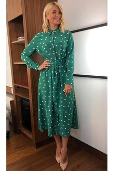 Every Single Outfit Holly Willoughby Wore to Work in 2019 Holly Willoughby Outfits, Holly Willoughby Style, Dot Dress, Dress Up, Shirt Dress, Dress Outfits, Fashion Outfits, Dress Fashion, Fashion Trends