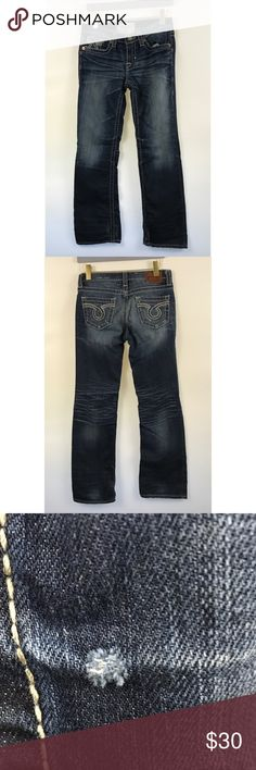 "Buckle Big Star western Bootcut blue jeans 26 R Big Star Womens 26 R Miki Blue Jean Distressed Boot Cut Stretch Buckle Dark Wash Straight leg cut  Features: Mid rise waist Dark wash Dark Blue Solid  Measurements: Waist: 30"" Inseam: 31""  Condition: minor fading, distressing. See photos. Est. Retail $119 Big Star Jeans Boot Cut"