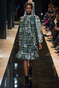 Paul & Joe Fall 2015 Ready-to-Wear - Collection - Gallery - Style.com  http://www.style.com/slideshows/fashion-shows/fall-2015-ready-to-wear/paul-joe/collection/6