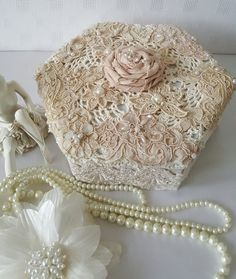 Vintage Shabby Chic Wedding Card Box-Elegant by Chiclaceandpearls Bridesmaid Gift Boxes, Wedding Gift Boxes, Wedding Cards, Wedding Gifts, Mother Of The Groom Gifts, Bride And Groom Gifts, Gifts For Mum, Shabby Boxes, Cigar Boxes