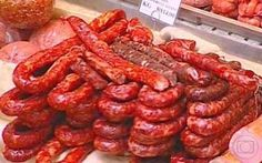 Trendy how to food meat ideas Homemade Sausage Recipes, Gourmet Recipes, Healthy Recipes, Portuguese Sausage, Portuguese Recipes, Charcuterie, Home Made Sausage, Tapas, How To Make Sausage