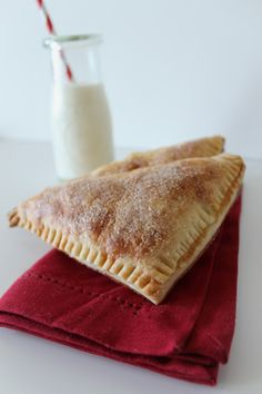 flaky-apple-turnovers-made-with-homemade-puff-pasrty