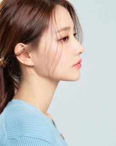Ideas For Instagram Photos, Instagram Girls, Girl Korea, Asia Girl, Lee Su Bin, Girl Side Profile, Korean Picture, Girls Mirror, Cute Korean Girl