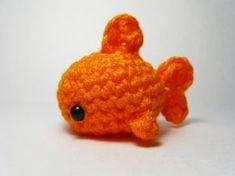 Crochet a little shark, fish, seal, killer whale. <3 Free pattern