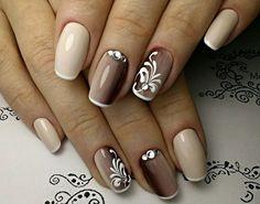 Posted by Brusilla brusilla nails naildeas nailsart color acrylicnaildesigns nudenails nude silver Gold Glitter Nails, Cute Acrylic Nails, Pink Nails, Elegant Nails, Stylish Nails, Trendy Nails, Nail Manicure, Toe Nails, Nagellack Design