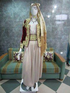 كاراكو ♥ Algerian Traditional Karakou #algeriantraditionaldresses #Algeria-#Algérie