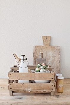 Aesthetic we want, Wooden crate and cutting board
