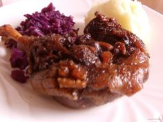 Spareribs in de cola uit de slowcooker Oxtail Recipes, Multicooker, Spare Ribs, Brownie Cake, How To Squeeze Lemons, Bbq Grill, Bon Appetit, Crockpot, Slow Cooker