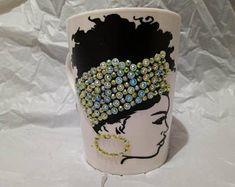 Diy Mug Designs, Wedding Wine Glasses, Diy Mugs, Mug Cup, Shirt Ideas, Business Ideas, Tumblers, Gifts In A Mug, Coffee Cups