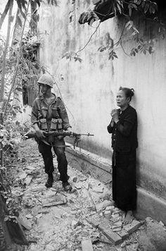 Viet Cong Women | 10 sep 1965 qui nhon south vietnam united states marines