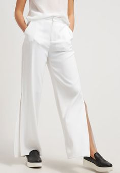 Tiger of Sweden JUANZ - Trousers - white for with free delivery at Zalando Tiger Of Sweden, Free Delivery, Fashion Inspiration, Summer Outfits, Trousers, Spring Summer, Suits, How To Wear, Clothes