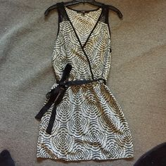 Forever 21 shift dress Black and cream patterned sleeveless, shift dress, with lace detail, and belted waist Forever 21 Dresses