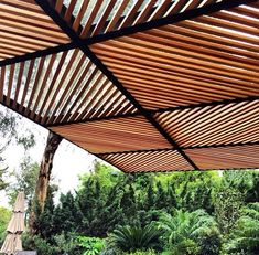√ Pergola Design Ideas, Best Wood Structure Installation Ideas techo de policarbonato, pergolas, aleros: techos de policarbonato hierro madera sinnic 011 Pergola Design Ideas that are quite interesting and suitable for outdoor areas in your home. Diy Pergola, Pergola Canopy, Outdoor Pergola, Wooden Pergola, Pergola Ideas, Outdoor Areas, Cheap Pergola, Patio Ideas, Metal Pergola