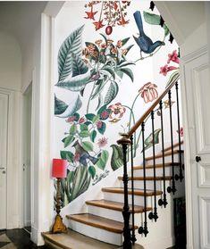 Home Decor Inspiration Bien fait.Home Decor Inspiration Bien fait House, Wallpaper Staircase, Interior, Home, Home Decor Trends, New Homes, House Interior, Trending Decor, Interior Design