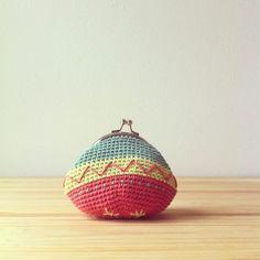 Crochet coin purse by Las Teje y Maneje