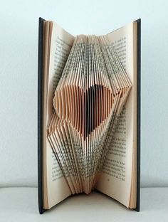 Book Sculpture from Picsity.com