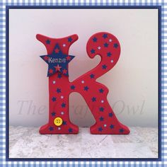 Wooden Initials, Wooden Names, Initial Decor, Painting Wooden Letters, Arte Country, Frozen Elsa And Anna, Princess Crowns, Mickey Minnie Mouse, Tole Painting