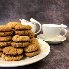 I just took a favourite Anzac Biscuit recipe and made a few adjustments. I swapped some ingredients, adjusted some quantities and TADA Kingston Biscuits Biscuit Cookies, Biscuit Recipe, Kingston Biscuits, Biscuit Home, Bellini Recipe, Anzac Biscuits, Thermomix Desserts, My Favorite Food, Sweet Recipes