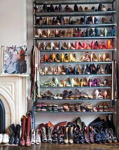 shoe closet of JCrew's Jenna Lyons via Elle Decor Shoe Shelves, Shoe Storage, Shoe Racks, Floating Shelves, Celebrity Closets, Celebrity Houses, Celebrity Style, Crazy Shoes, Me Too Shoes