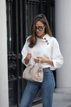 Since the beginning of the year many girls were looking for our Beautiful guide and it is finally got released. Now It Is Time To Take Action! Dressy Tops, Casual Tops, Casual Chic, Stylish Coat, Stylish Outfits, Cute Outfits, Modest Fashion, Fashion Outfits, Fashion Trends