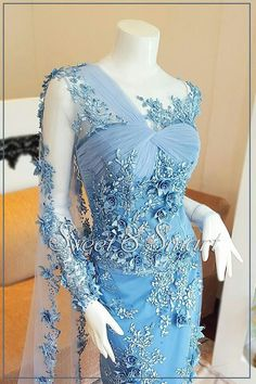 Elegant Outfit, Elegant Dresses, Nice Dresses, Dresses With Sleeves, Sexy Evening Dress, Evening Dresses, Abaya Fashion, Fashion Dresses, Women's Fashion
