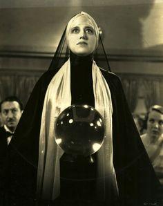 Helen Freeman, 1933, Fog