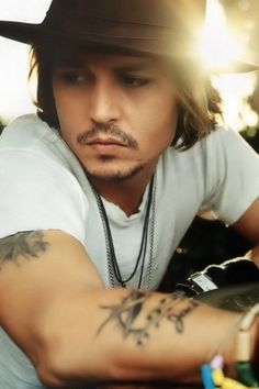 Depp, Be still my heart...sigh