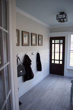 40 Ideas Apartment Door Entrance Design Entryway For 2019 Entry Way Design, Entrance Design, Apartment Entrance, Sliding Door Design, Entry Hallway, Foyer, Entrance Hall, House Front Door, Room Doors