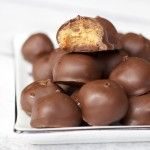 Gorgeous 4-Ingredient Chocolate Peanut Butter Balls. Ideal as a sweet snack or dessert. Vegan, gluten-free and delicious!