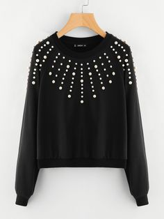 SheIn offers Pearl Embellished Raglan Sleeve Sweatshirt & more to fit your fashionable needs. Casual Outfits, Cute Outfits, Pullover Designs, Crochet Shirt, Sweatshirts Online, Raglan, Winter Looks, Cute Tops, Pulls