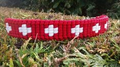 Just Crosses   Swiss Paracord Paracord Bracelets, Beaded Bracelets, Diy Bracelet, Swiss Paracord, Freundlich, Crosses, Projects, Yarn Bracelets, Hair Bow