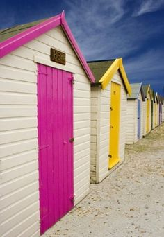 Colourful Beach Huts Recommended by http://www.londonlocks.com/ London�