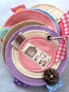 love this idea for needle book ♥