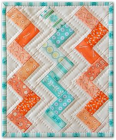 This is hand quilted but I like this approach - possibility for N's quilt. Portland Modern Quilt Guild - Mug Rug Swap Chevron Quilt, Patchwork Quilt, Quilting Projects, Quilting Designs, Sewing Projects, Quilt Design, Quilting Ideas, Quilt Baby, Small Quilts