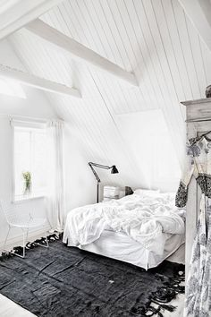 White Bedroom Interior Design Ideas & Pictures, Create a clean, calm sleeping space by using white decor in your bedroom. White can be the perfect base for any bedroom design. Attic Bedroom Designs, Attic Rooms, Swedish House, Swedish Style, Scandinavian Home, White Houses, My New Room, Beautiful Bedrooms, Home Fashion