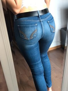 Pin on Funny gifs « Mode für Frauen Sexy Jeans, Superenge Jeans, Curvy Jeans, Cowgirl Jeans, Hollister Jeans, Beste Jeans, Jean Flare, Our Lady, Girls Jeans