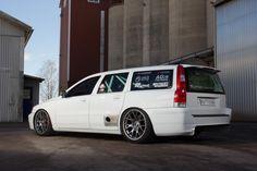 Volvo-V70-RWD_02-800x533.jpg (800×533)